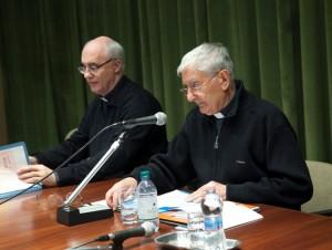 d. Vittorio Peri legge la  relazione di conclusione del triennio
