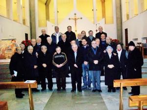 I partecipanti al quinto Cenacolo del Circolo di Bari insieme al nostro Presidente d. Luigi Mansi