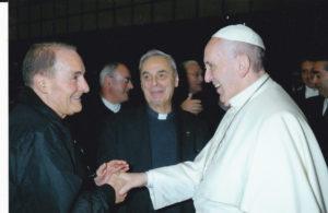 don Nino Carta, vice Presidente Area Centro saluta Papa Francesco